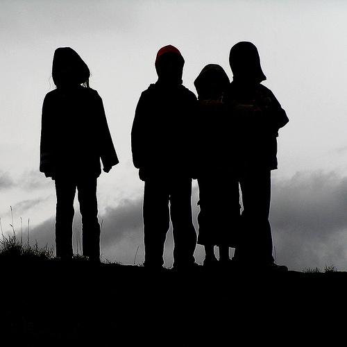 増加する児童虐待と、不十分なセーフティネット<br />(小論文時事問題)
